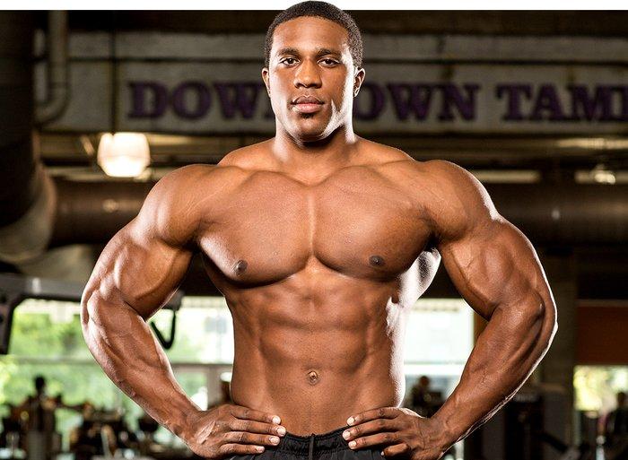 huge-guy-mass-bodybuilder-dianabol